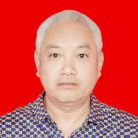 杨麦生·副教授